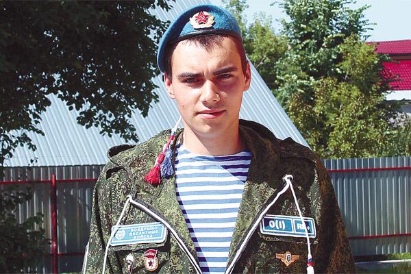 Владимир Шарыпов встретился с военнослужащими 217-го гвардейского ... | 400x600